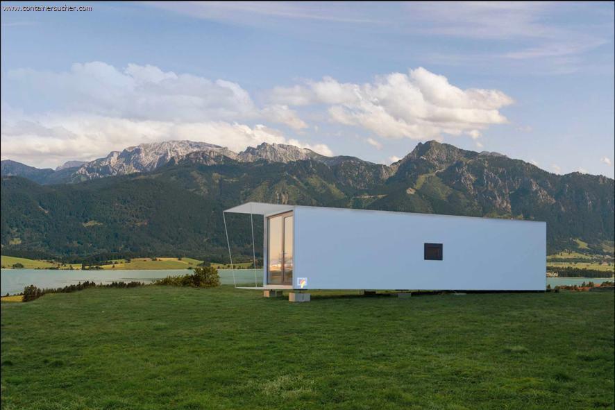 cube wohncontainer f r studenten. Black Bedroom Furniture Sets. Home Design Ideas